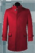 Roter Stehkragen Mantel-Ansicht Vorderseite