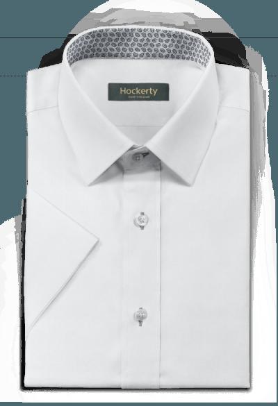 белая хлопковая рубашка с коротким рукавом