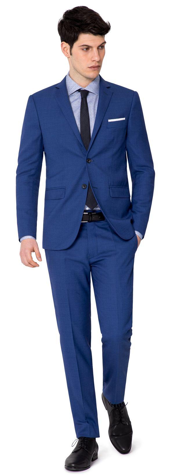 costume bleu roi